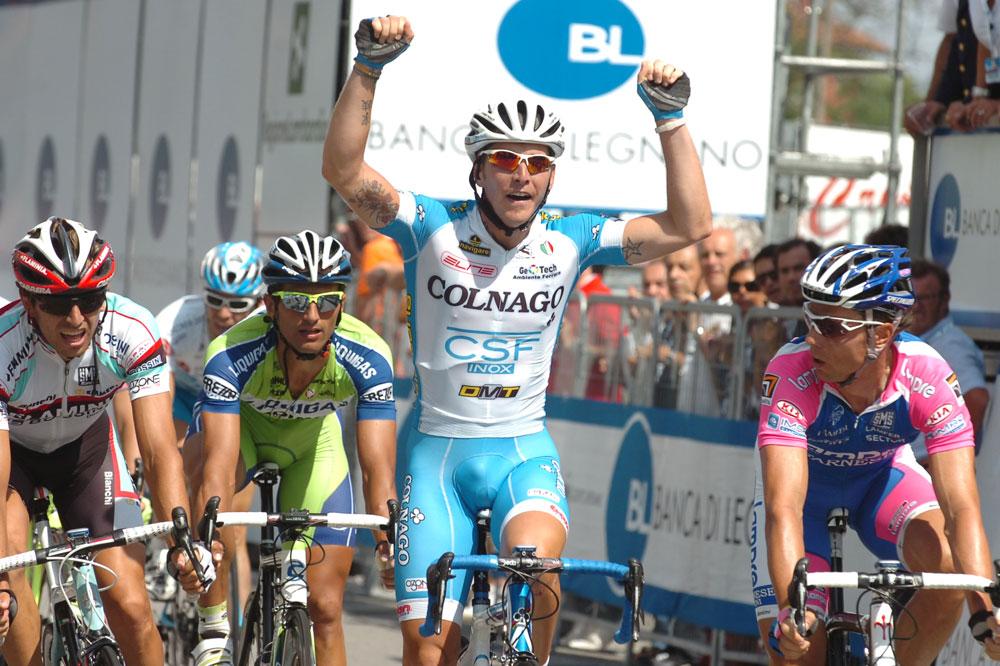 Danilo Hondo peut être étonné, oui c'est bien Manuele Belleti qui remporte la Coppa Bernocchi.