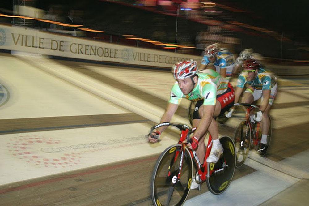François Pervis sur la piste de Grenoble