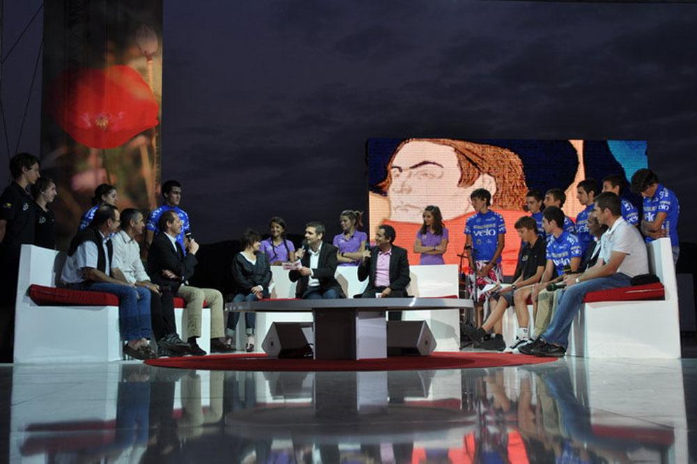 Les Jeunes Reporters et les Cadets-Juniors réunis sur le plateau d'une émission de France 3