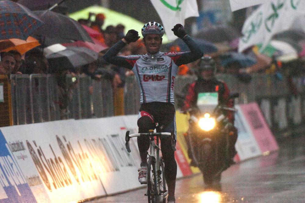 Sous les trombes d'eau, Philippe Gilbert est encore le premier en Lombardie
