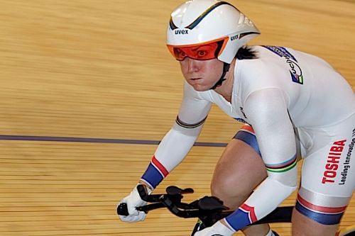 Anna Meares domine le 500 mètres