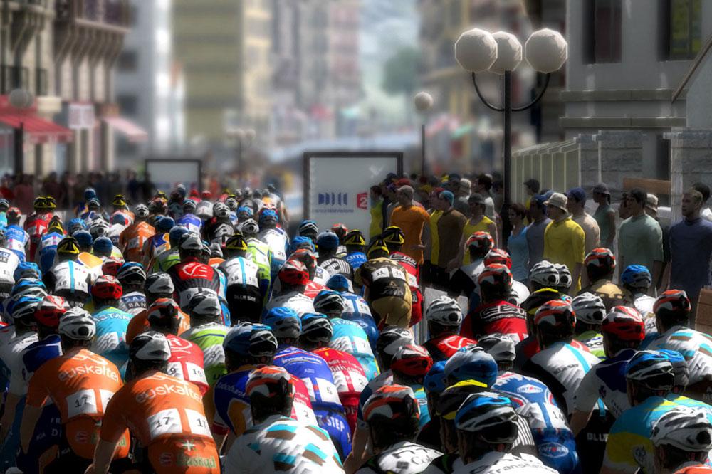 Avec Pro Cycling Manager, prenez la tête d'une équipe du peloton !