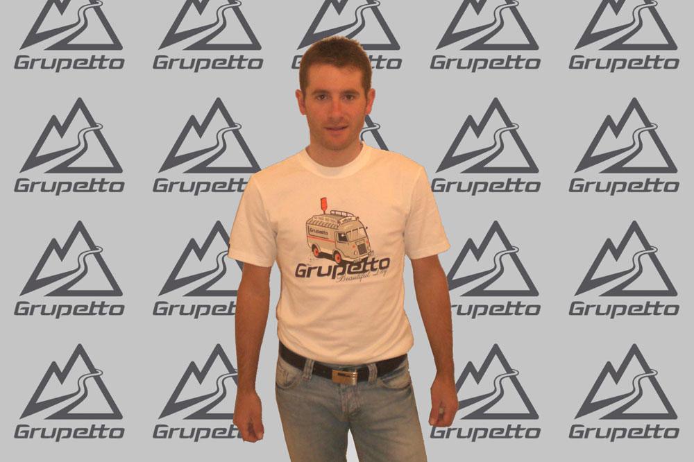 Pierre Cazaux porte un tee-shirt Grupetto