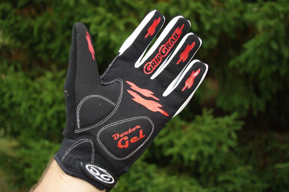 Les gants Grip Grab Raptor sont des gants confortables et douillets