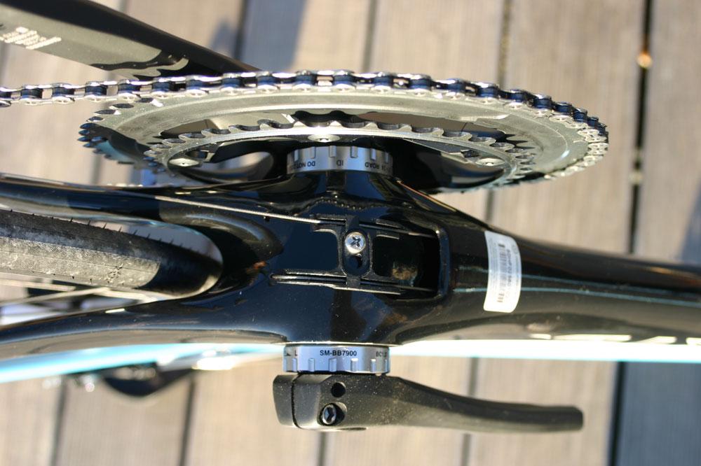 Une multitude de petits détails ont été pensés dans le sens de l'aérodynamisme du vélo