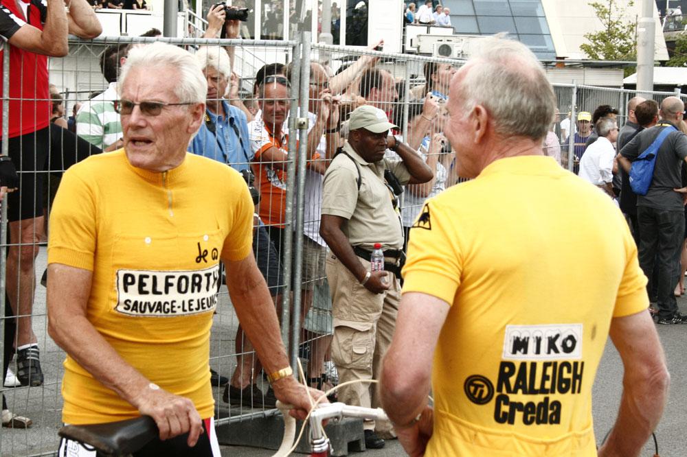 Jan Janssen et Joop Zoetemelk ont sorti les maillots d'époque