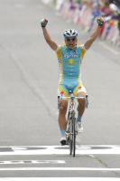 Alexandre Vinokourov remporte l'étape de Revel