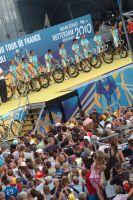 L'équipe Astana se présente aux spectateurs hollandais