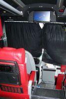 La télé dans le bus, c'est comme au cinéma !
