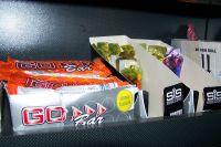 Les barres et gels énergétiques sont disponibles en magasin chez Saxo Bank