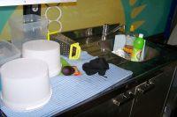 Le coin vaisselle, c'est comme à la maison !