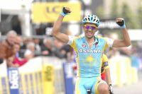 Contador lève les bras mais que ce fut dur !