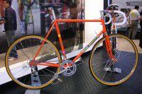 Un ancien vélo Eddy Merckx
