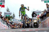 Ivan Basso radieux dans son triomphe au Monte Zoncolan