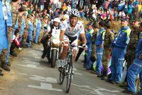 Dans le Monte Zoncolan, Richie Porte s'accroche à son Maillot Blanc de meilleur jeune du Giro