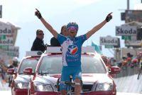 Passé en tête au sommet du Gavia, Johann Tschopp remporte une étape mythique