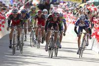 Lance Armstrong, Rigoberto Uran,Joaquim Rodriguez se battent pour prendre les bonifications