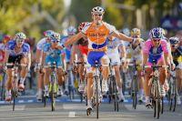 Oscar Freire remporte enfin Paris-Tours et honore une dernière fois l'avenue de Grammont