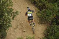 Futur vainqueur du Roc d'Azur, Alban Lakata pourchasse les hommes de tête