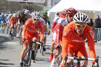 Le VC Roubaix Lille Métropole chasse dans le peloton