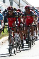 Sa majesté Lance Armstrong est particulièrement bien entourée