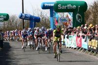 Le peloton du Circuit de la Sarthe