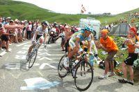 Schleck et Contador, au-dessus du lot dans l'ascension de la Madeleine