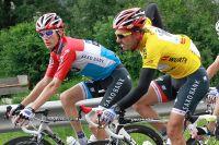 Andy Schleck et Fabian Cancellara en conversation au Tour de Suisse