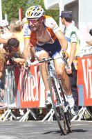 Denis Menchov a attaqué dans la montée finale