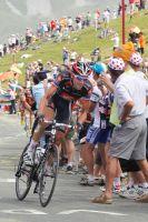 Christophe Moreau passe en tête au sommet du Tourmalet