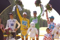 Les lauréats des différents maillots distinctifs du Tour 2010