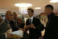 Andy Schleck bien escorté par Brian Nygaard et Kim Andersen, ses futurs dirigeants
