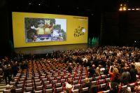 Les invités prennent place à la Cité des Congrès de Paris