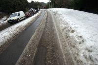 La neige paralyse le début de la saison