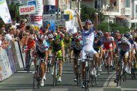 Anthony Roux impressionne sur la première étape du Tour de Poitou-Charentes