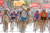 A l'arrivée à Lorca, Tyler Farrar réalise un sprint plus intelligent que Mark Cavendish