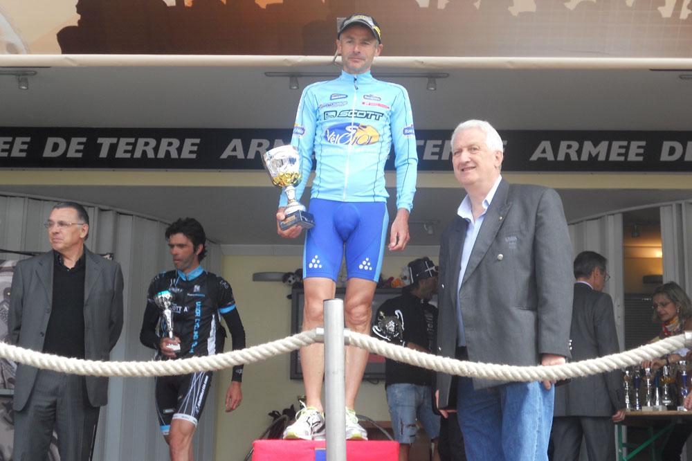 3ème du scratch mais 1er de sa catégorie, Michel Roux passe du trail au cyclosport avec le même plaisir et les mêmes résultats