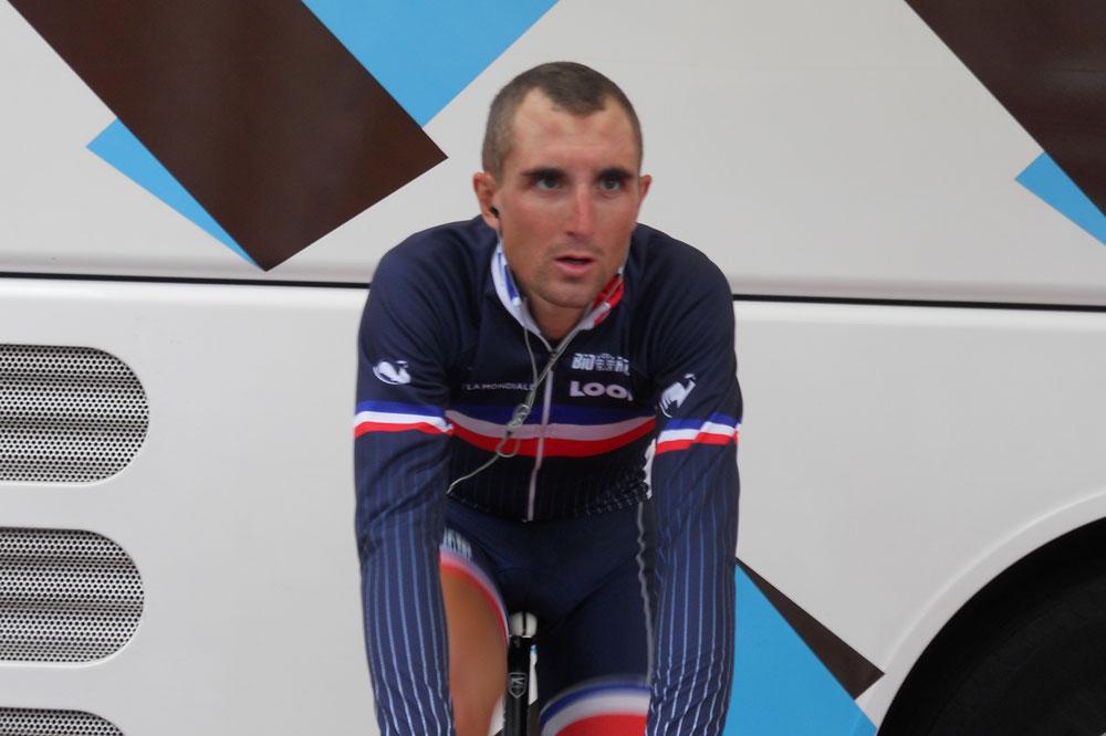 Dimitri Champion sous le maillot de l'équipe de France