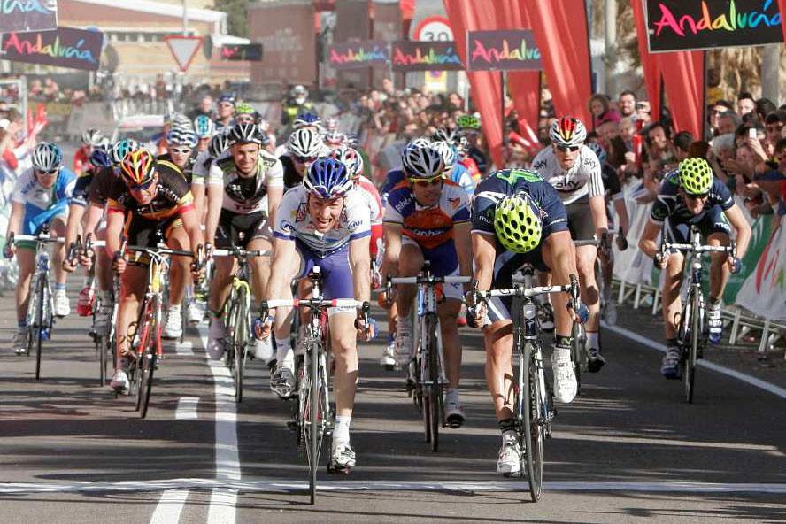Jonathan Hivert n'en revient pas : il bat Ventoso et Freire au sprint