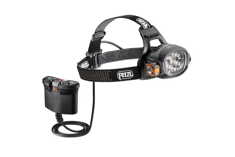 La lampe frontale Petlz Ultra Belt Accu4 et sa batterie