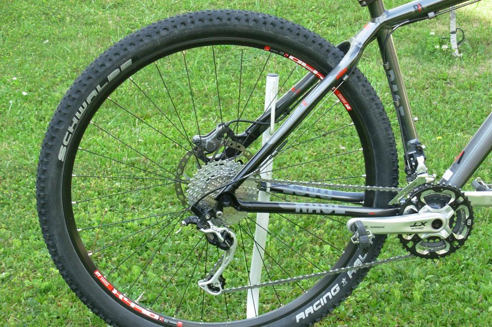 Les roues au diamètre plus important offrent une meilleure motricité