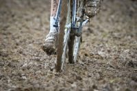 La boue s'invite en cyclo-cross