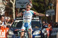 Emanuele Sella exhulte en franchissant la ligne