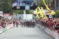 Le sprint final de la deuxième étape de l'Eneco Tour