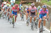 Serein mais vigilant, Alberto Contador contrôle Michele Scarponi et ses adversaires
