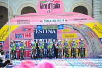 L'équipe Liquigas-Cannondale au départ du Tour d'Italie 2011