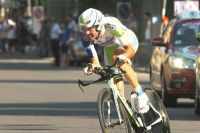 Vincenzo Nibali ne reprend que 10 secondes à Michele Scarponi