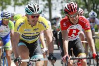 Fabian Cancellara et Andreas Klöden conversent