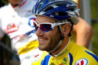 Jean-Philippe Maheau souriant sur la ligne de départ