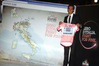 Alberto Contador remet en jeu son maillot rose devant le tracé du Giro 2012